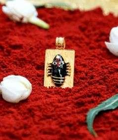 Linga Bhairavi 22KT Gold Pendant - 8 gm (Black)