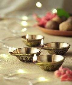 Radiant Diwali Diya set (Set of 4)